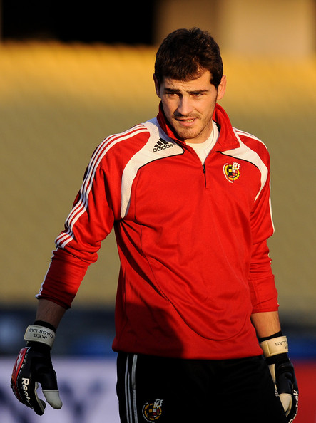 http://www3.pictures.zimbio.com/gi/Spain+Training+Session+FIFA+Confederations+3Xvds7_cAH9l.jpg