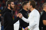David de Gea of England and Sergio Ramos of Spain shake hands prior to the UEFA Nations League A Group Four match between Spain and England at Estadio Benito Villamarin on October 15, 2018 in Seville, Spain.