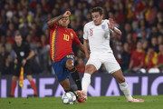 Harry Winks of England battles for the ball with Thiago Alcantara of Spain during the UEFA Nations League A Group Four match between Spain and England at Estadio Benito Villamarin on October 15, 2018 in Seville, Spain.