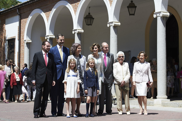 Spanish Royals Attend Their Daughter Leonor's First Communion