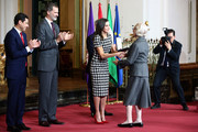 Consuelo Martinez-Correcher (r) receives the Gold Medal of Merit in Fine Arts 2017 from King Felipe VI of Spain and Queen Letizia of Spain on February 18, 2018 in Cordoba, Spain.