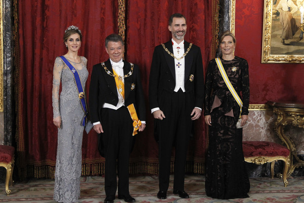 King Felipe VI of Spain (2nd-R) and Queen Letizia of Spain (L) receive the President of Colombia Juan Manuel Santos (2nd-L) and his wife Maria Clemencia Rodriguez de Santos (R) for a Gala dinner at the Royal Palace on March 2, 2015 in Madrid, Spain.