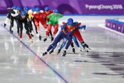 Sven Kramer of the Netherlands leads during the Men's Speed Skating Mass Start Semifinal 2 on day 15 of the PyeongChang 2018 Winter Olympic Games at Gangneung Oval on February 24, 2018 in Gangneung, South Korea.