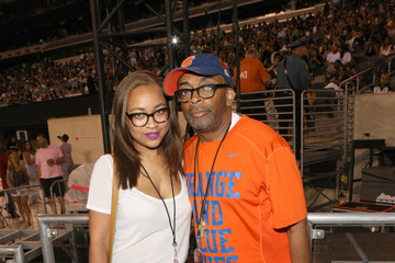 Spike Lee D'USSE VIP Riser + Lounge At On The Run Tour - MetLife Stadium