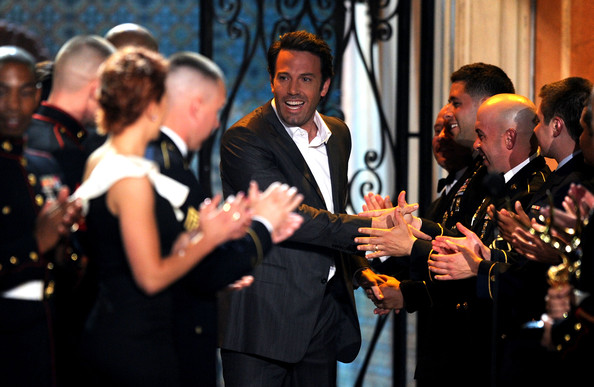 "Actor-director Ben Affleck (C) accepts the Troops Choice award onstage during Spike TV's 5th annual 2011 ""Guys Choice"" Awards at Sony Pictures Studios on June 4, 2011 in Culver City, California."