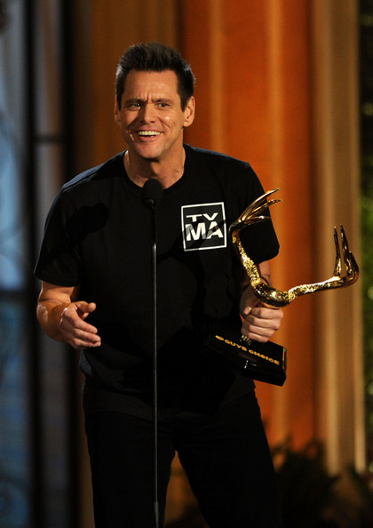 "Actor Jim Carrey accepts the Funniest M.F. award onstage during Spike TV's 5th annual 2011 ""Guys Choice"" Awards at Sony Pictures Studios on June 4, 2011 in Culver City, California."