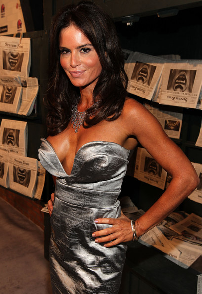 Betsy Russell in Spike TV's Scream 2010 - Arrivals 6 of 13 ...