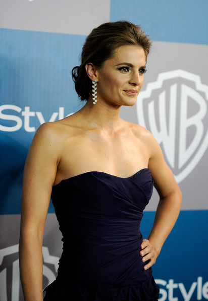 FAN - KATIC! Stana+Katic+13th+Annual+Warner+Bros+InStyle+PFSeRluT3Kzl