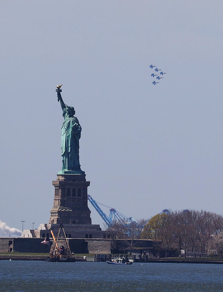 Blue Angels And Thunderbirds Do Flying Tribute To NYC COVID-19 Frontline Workers