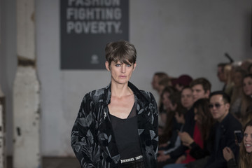 Stella Tennant Fashion Fighting Poverty Catwalk Show