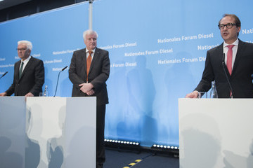 Stephan Weil Government Holds Diesel Conference