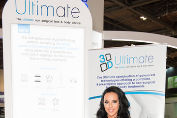 Stephanie Davis Stephanie Davis Attends Professional Beauty Exhibition