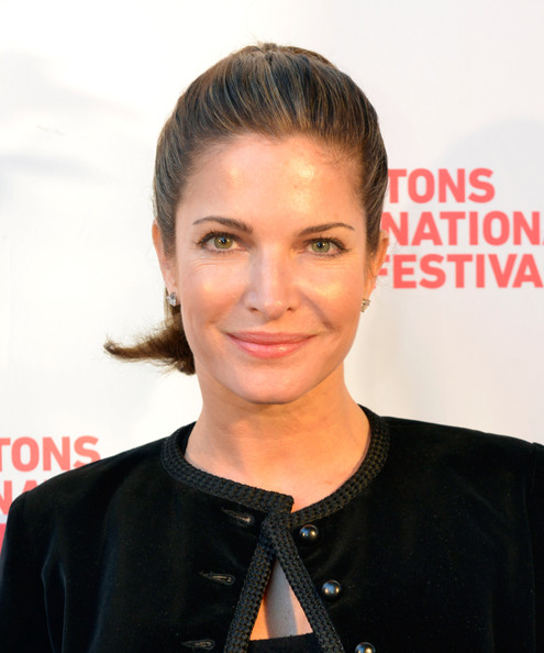 Stephanie Seymour earned a  million dollar salary, leaving the net worth at 15 million in 2017