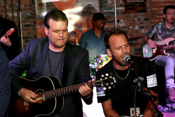 Stephen Dorff 16th Annual Waiting for Wishes Celebrity Dinner Hosted by Kevin Carter & Jay DeMarcus