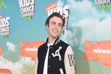 Sterling Beaumon Nickelodeon's 2016 Kids' Choice Awards - Red Carpet
