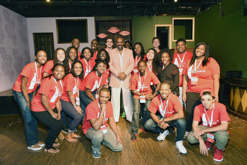 Steve Harvey Coca-Cola and Steve Harvey Kick Off the Inaugural Pay it Forward Academy for 22 Teens and Their Guardian in Atlanta