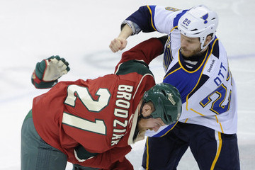 Steve Ott St Louis Blues v Minnesota Wild