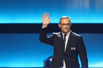 Steve Yzerman The NHL 100 Presented by GEICO - Show