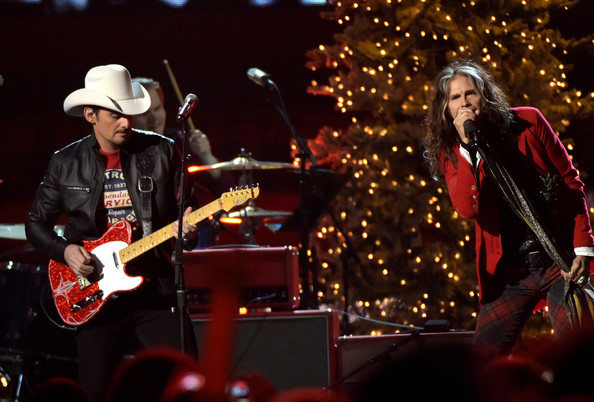 Steven Tyler and Brad Paisley Photos Photos - CMA 2014 Country ...
