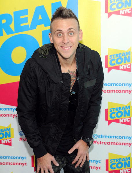 roman atwood brother