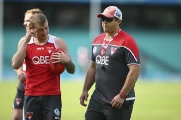 Stuart Dew Sydney Swans Training Session