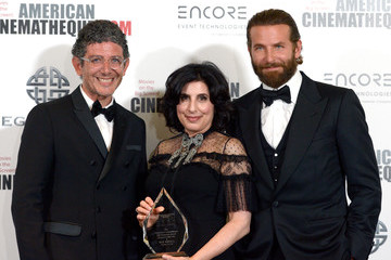Sue Kroll Bradley Cooper 30th Annual American Cinematheque Awards Gala - Photo Op