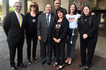 Sue Schwartz City Of Los Angeles Proclaims September 7 Official 'Stand Up To Cancer Day'