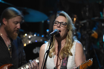 Susan Tedeschi 'Love Rocks NYC! A Change is Gonna Come: Celebrating Songs of Peace, Love and Hope' A Benefit Concert for God's Love We Deliver - Inside