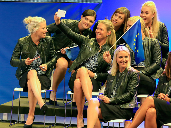 Image result for Suzann pettersen wins solheim cup