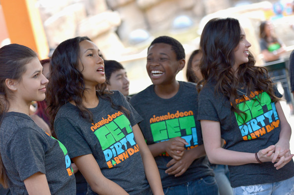 Nickelodeon Get Dirty Earth Day at LA Zoo