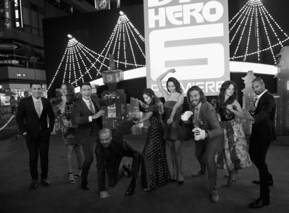 'Big Hero 6' Premieres in Hollywood [big hero 6,black,white,black-and-white,monochrome,monochrome photography,snapshot,crowd,event,lighting,night,red carpet,actors,scott adsit,genesis rodriguez,l-r,los angeles,t.j.,walt disney animation studios,premiere]