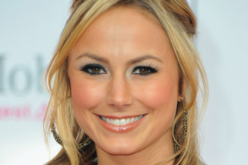 Lookbook: Stacy Keibler's Easy Breezy Hairstyles