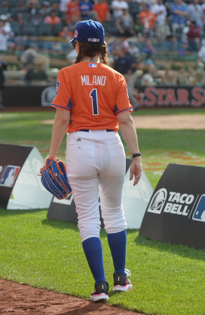 2019 celebrity softball game video