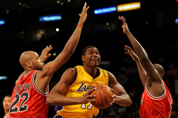 in this photo taj gibson luol deng andrew bynum andrew bynum 17 of theAndrew Bynum Bulls