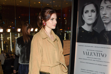 Tali Lennox 'An Evening Honoring Valentino' Lincoln Center Corporate Fund Gala - Outside Arrivals