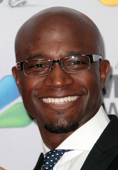 http://www3.pictures.zimbio.com/gi/Taye+Diggs+43rd+NAACP+Image+Awards+Arrivals+YikkZlHWz3Ql.jpg