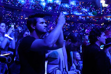 Taylor Lautner 2017 iHeartRadio Music Festival - Night 1 - Show