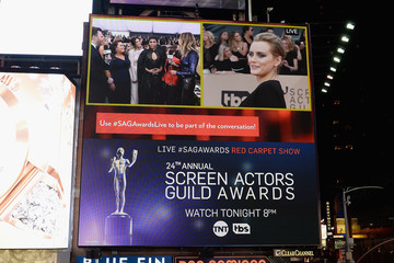 Taylor Schilling 24th Annual Screen Actors Guild Awards - Times Square Viewing