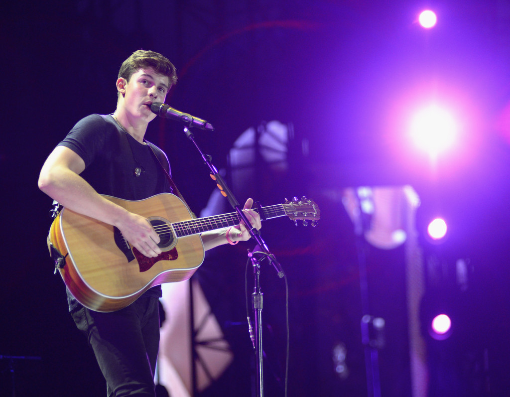 Shawn Mendes Performs At The 1989 World Tour Live In Tampa