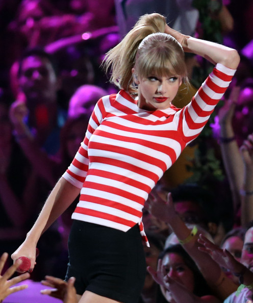 Taylor Swift - 2012 MTV Video Music Awards - Show