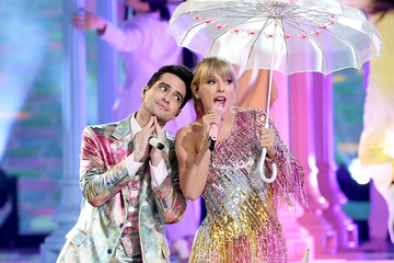 Taylor Swift Brendon Urie 2019 Getty Entertainment - Social Ready Content