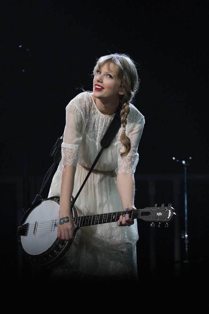 taylor swift photos photos taylor swift live in auckland. Black Bedroom Furniture Sets. Home Design Ideas