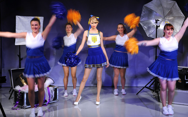 Madame Tussauds Unveil Taylor Swift Wax Figure [madame tussauds,taylor swift,wax figure,wax figure,dancer,entertainment,performance,performing arts,choreography,dance,event,performance art,musical theatre,majorette dancer,london,england]
