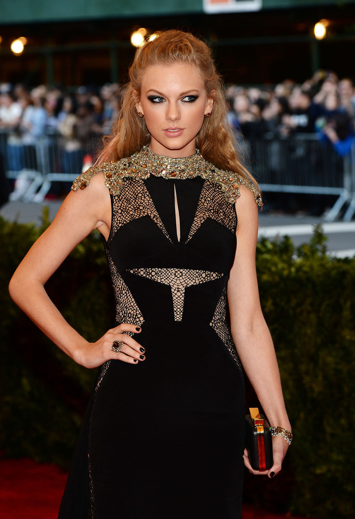 Taylor Swift - 'PUNK: Chaos To Couture' Costume Gala