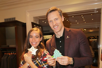 Teddy Sears Brooks Brothers Celebrates the Holidays With St. Jude Children's Research Hospital