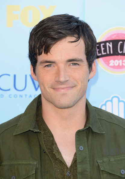 Actor Ian Harding attends the Teen Choice Awards 2013 at Gibson Amphitheatre on August 11, 2013 in Universal City, California.