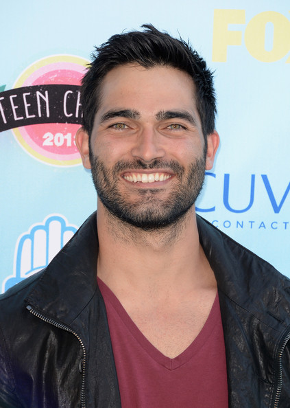 Actor Tyler Hoechlin attends the Teen Choice Awards 2013 at Gibson Amphitheatre on August 11, 2013 in Universal City, California.