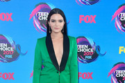 Katie Stevens - Every Single Look from the 2017 Teen Choice Awards