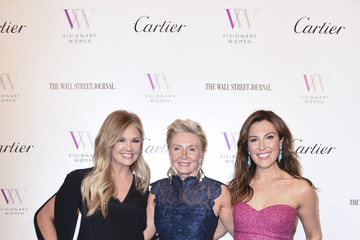 Thea Andrew Visionary Women Honors Demi Moore In Celebration Of International Women's Day