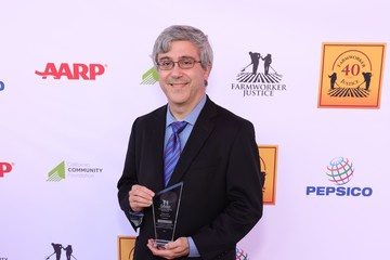 Thomas A. Saenz Farmworker Justice – Los Angeles Awards To Recognize Social Justice Leaders And Hispanic Heritage Month